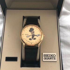 Vintage Disney Seiko Watch